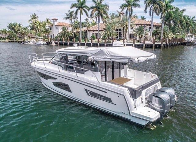 jeaneau south florida yacht charters